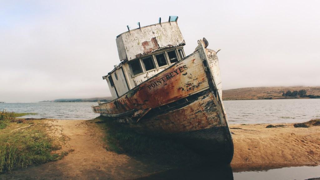 A shipwrecked ship