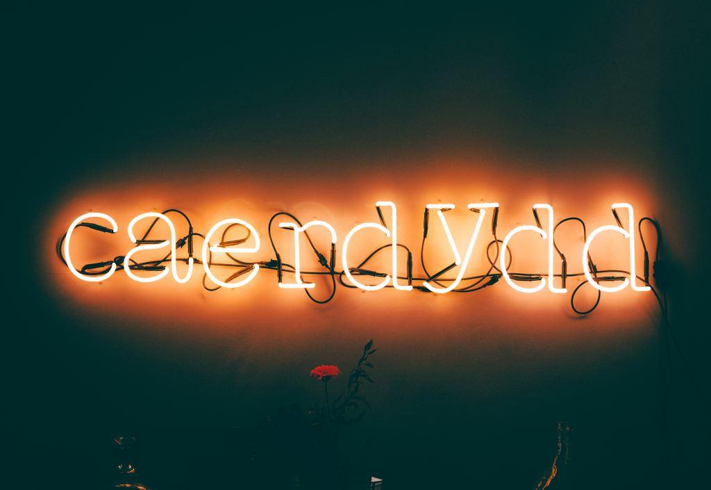 Caerdydd neon sign